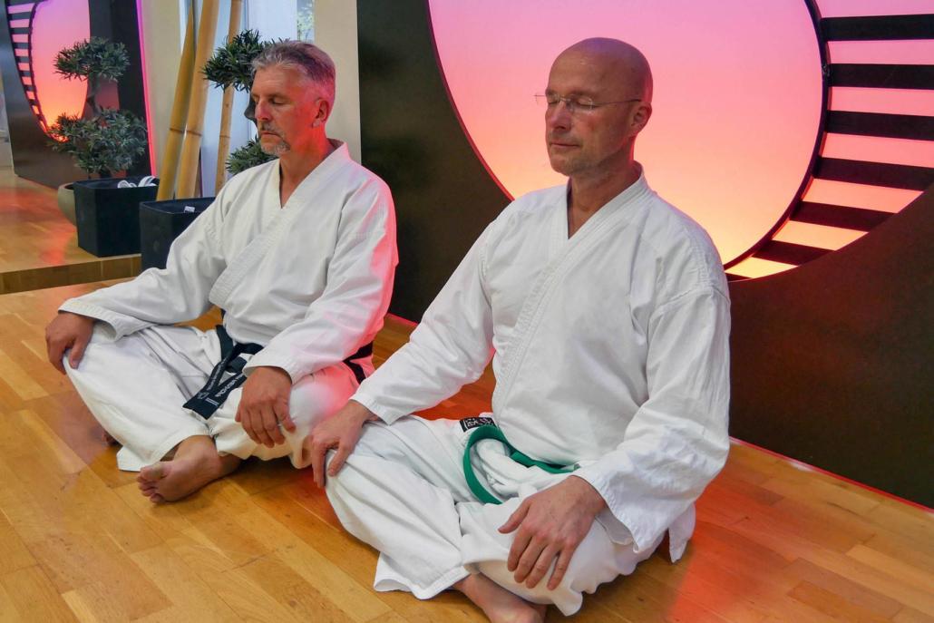 Taekwondo Kampfkunst Programm für Erwachsene Meditation